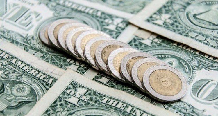 Turismo y el mercado negro de divisas