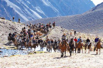 Cabalgata Sanmartiniana - Cruce de Los Andes