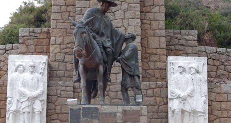 1.Monumento Retorno a la Patria