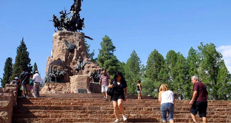 Autocriticas del turismo de Mendoza-