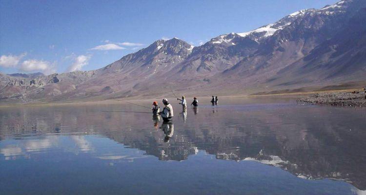 3 Pesca en la Laguna del Diamante - Circuitos alternativos