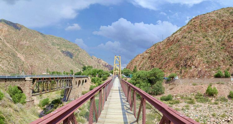 2 Puente colgante de Cacheuta - Ruta 82