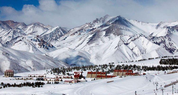 Vacaciones blancas en Las Leñas - Cámara de Turismo de Mendoza