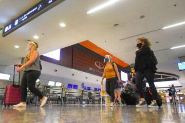 Autorizan la apertura del aeropuerto de Mendoza y del Paso Internacional - quiénes pueden ingresar al país