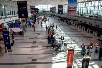 El Gobierno ajusta los protocolos para lanzar un corredor seguro y que las provincias reciban turistas sin hacer cuarentena